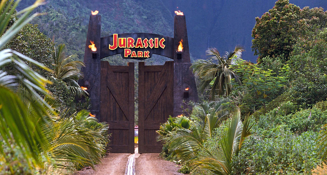Critical analysis of Jurassic Park