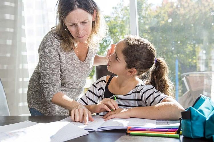 Mum-daughter-homework.jpg