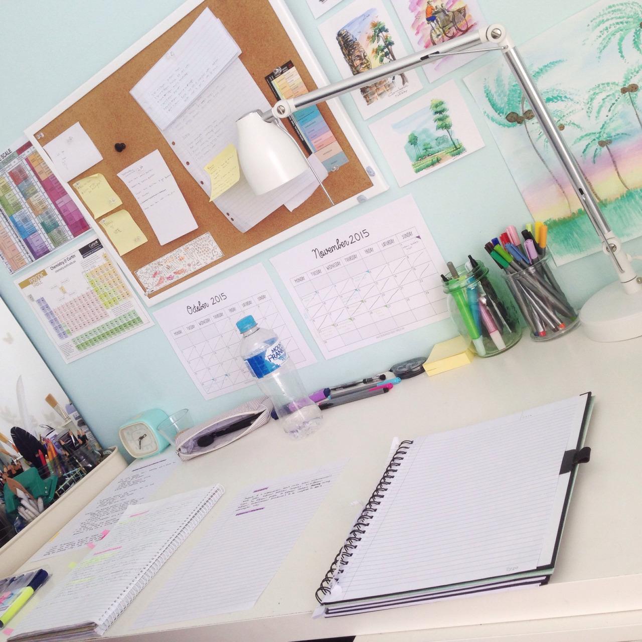 Study_planner_-_desk.jpg