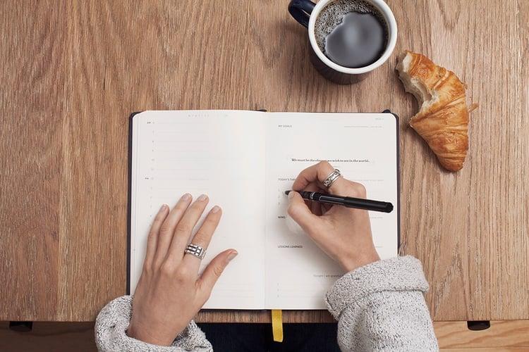 Writing-diary.jpg