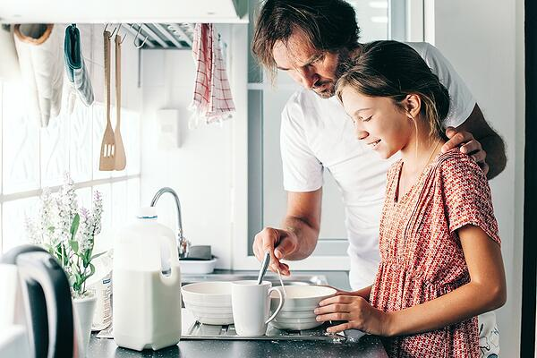 Dad-daughter-kitchen